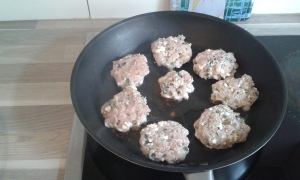 kippenburgers in de pan 1
